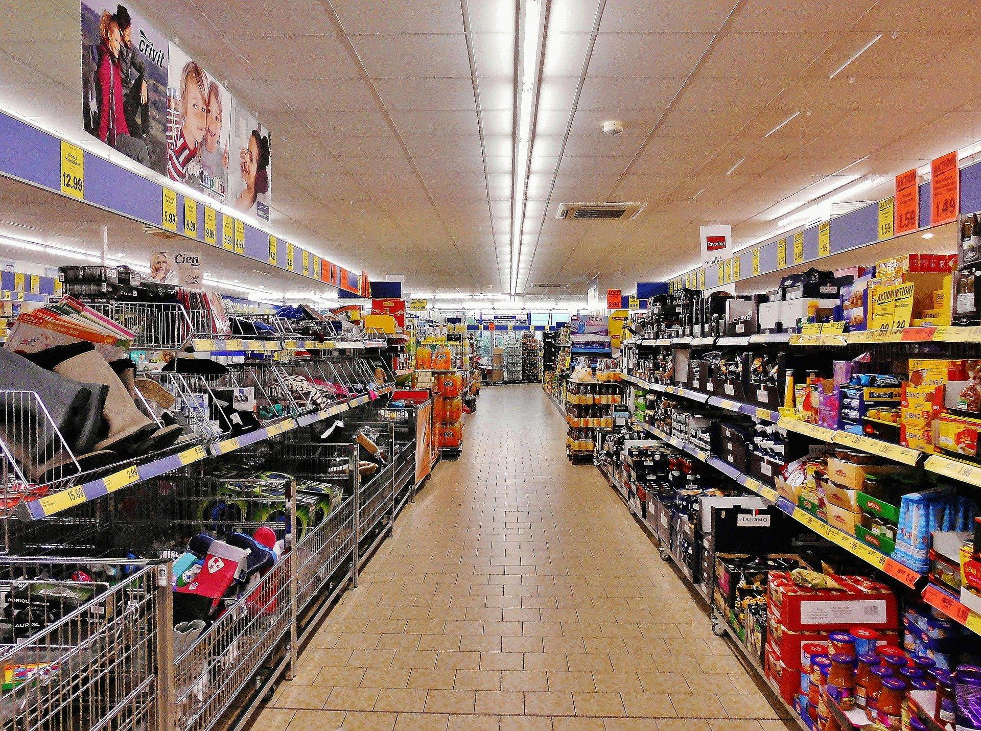 Coronavirus Supermercati Affollati